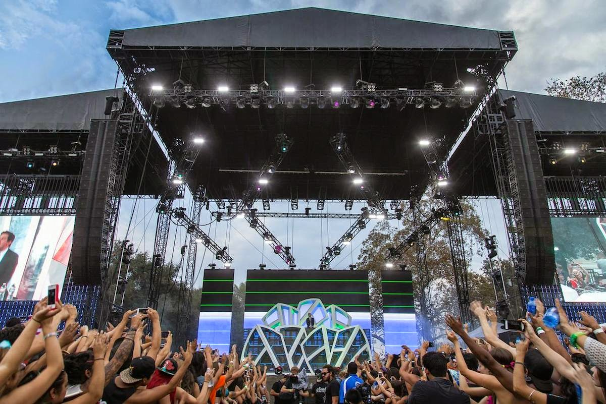 JBL VerTec and Crown I-Tech HD at HARD Summer Fest