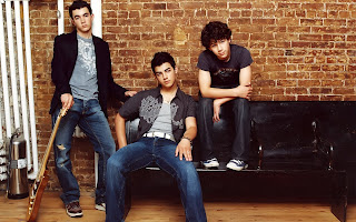 Jonas Brothers HD Wallpaper