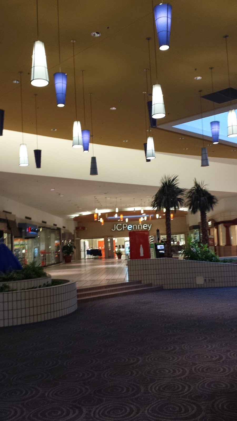 Louisiana and Texas Southern Malls and Retail: January 2015