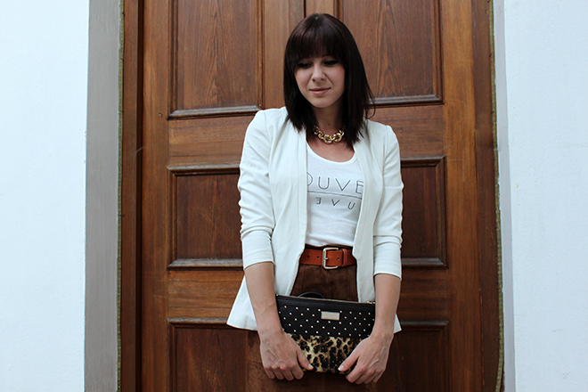 outfit_Trend_Fashionblogger_veloursleder_rock_cognac_hm_herbstwinter_print_blazer