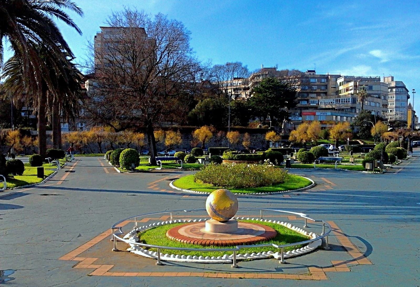 la ciudad habla bola del mundo en jardines de piquio en