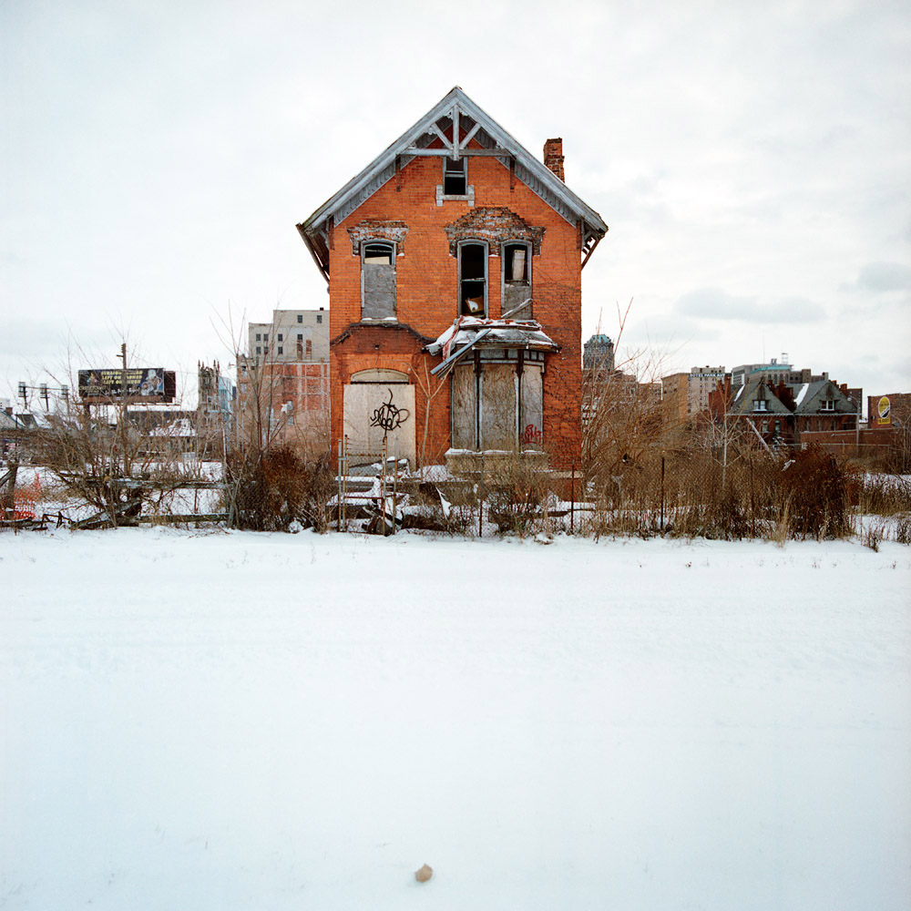 Diary of an advertising girl detroit beautiful and bust - The beauty of an abandoned house the art behind the crisis ...