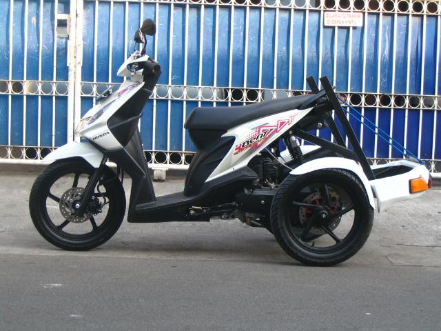 modifikasi motor matic roda 3  tahun ini