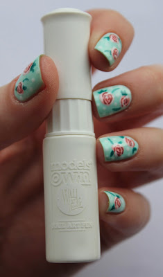 Fundamentally Flawless: Rose nail art