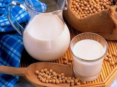 Emagreça tomando leite de soja