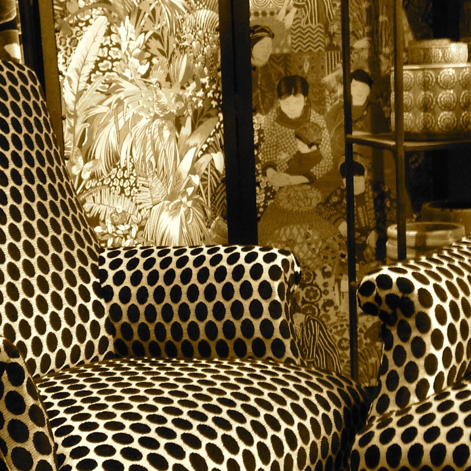 atelier anne lavit artisan tapissier d corateur 69007 lyon les 2 anglais. Black Bedroom Furniture Sets. Home Design Ideas