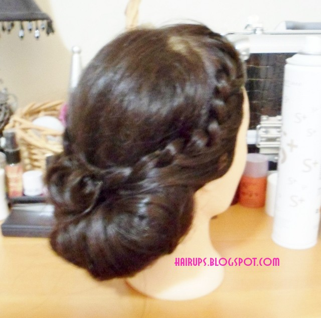 SAM 2183+640x634 How to Make a Chignon Hairstyle   Bridal Updo with Braid