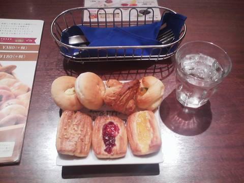 パン食べ放題¥410 ピアサピド稲沢店6回目