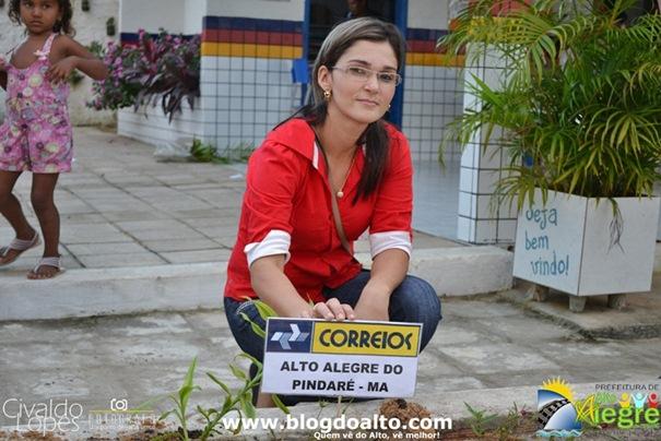 Vívian Araújo, Gerente da Agência dos Correios do Município