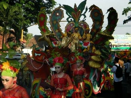 Festival Muharram 2013 | Parade Tumpeng ~ SMP NEGERI 2 TENGGARANG