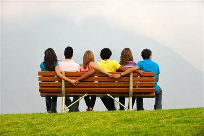 9 Healthy Habits Open Relationships Can Teach Us - friends sit bench park garden