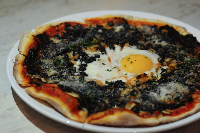 Black Truffle Egg Pizza