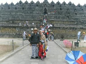Alimudin dan Keluarga