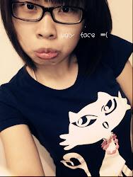 i admit tat i'm ugly...=(