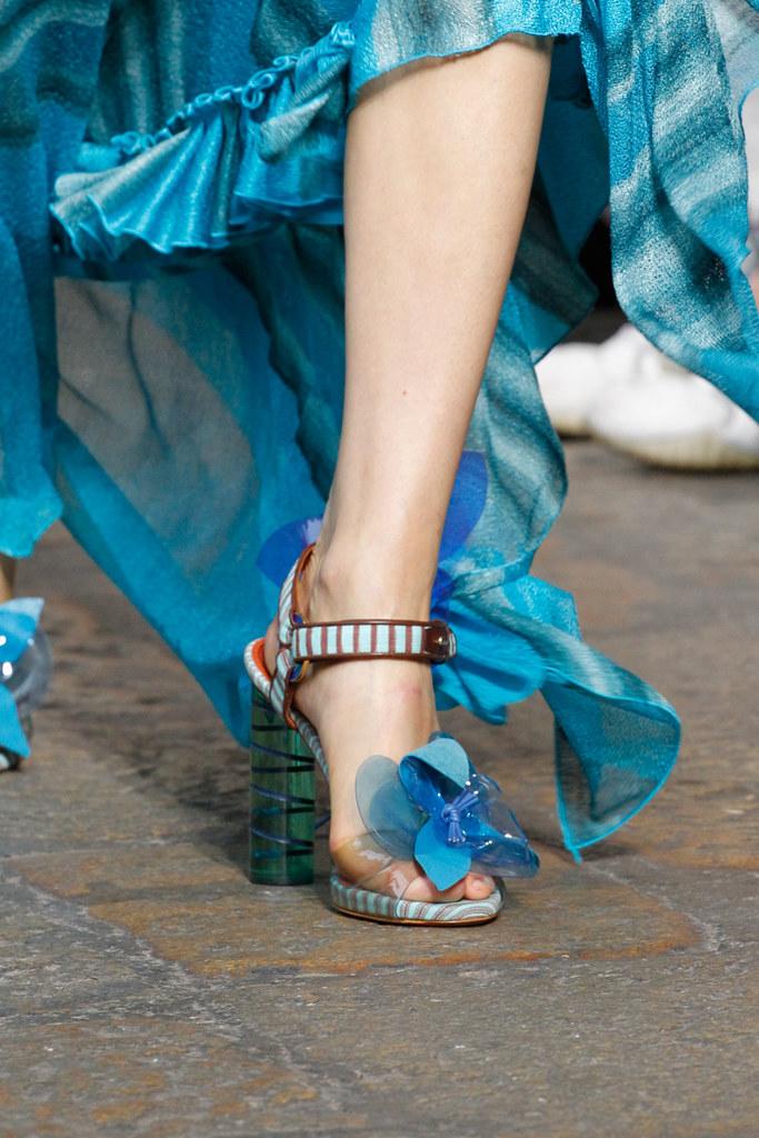 sandals-flowres-missoni