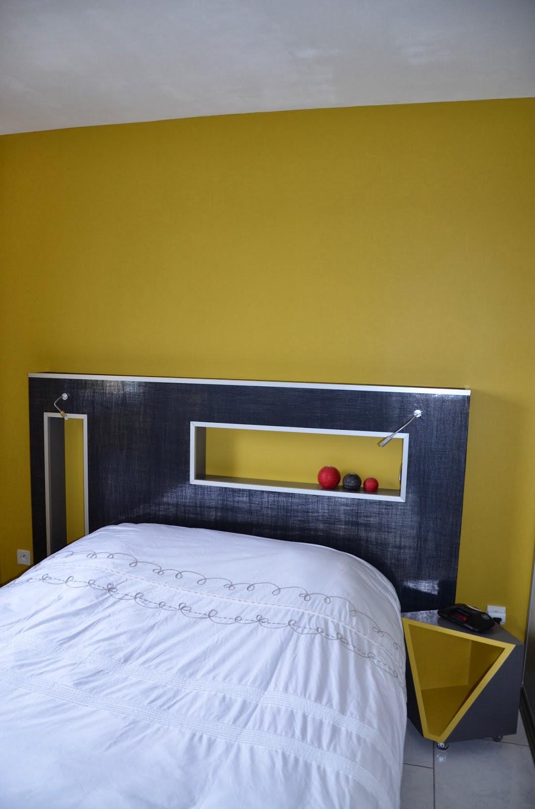Meubles sur mesure et mise en couleur d 39 une chambre for Chambre de mise en charge