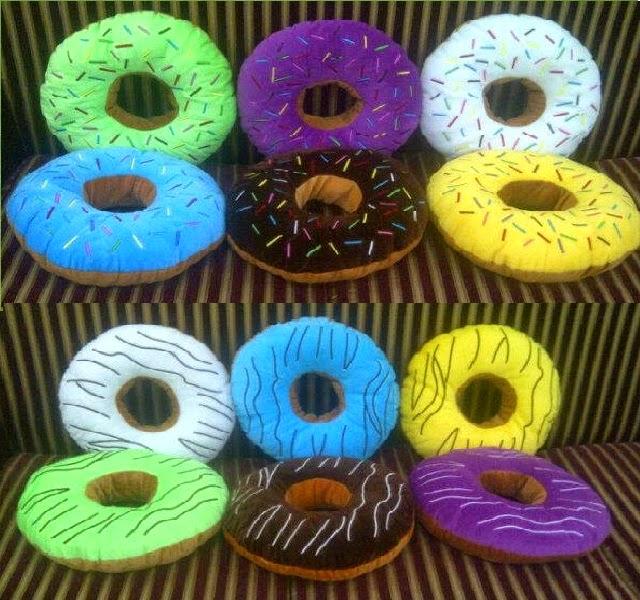 Bantal Donut, Bandot