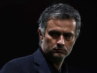 Madridistas por las redes (Todo lo que encontremos que nos parezca de interes) Mourinho110309-5333364