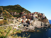 . going to now introduce you to the lovely and littleknown Cinque Terre. (img )