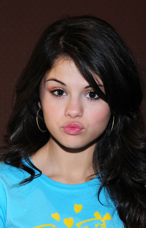 wallpapers of selena gomez. Selena Gomez wallpapers for