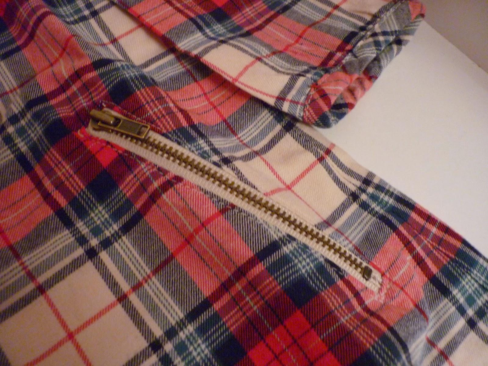 robe écossaise avec poches zippées de chez baby GAP