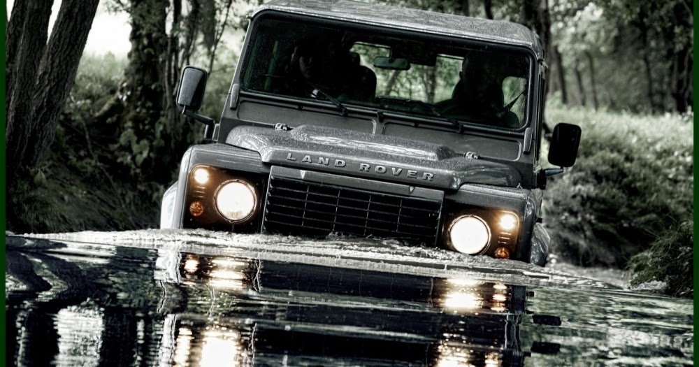 site to voitures le nouveau land rover defender 2012. Black Bedroom Furniture Sets. Home Design Ideas