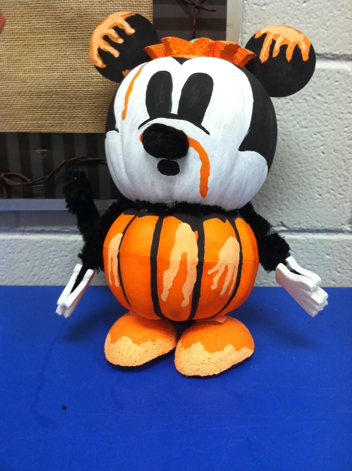 Mrs. McDonald's 4th Grade: Classroom Pumpkin Decorating Ideas