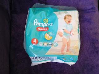 Pieluchomajtki firmy Pampers.