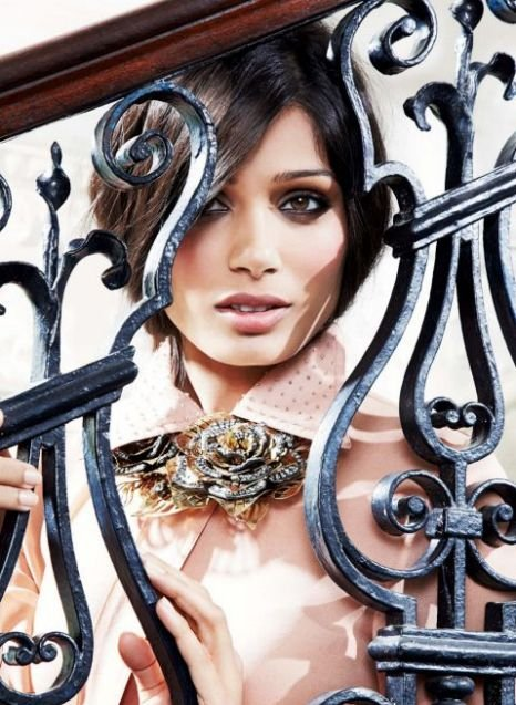 freida pinto on in style uk magazine latest photos