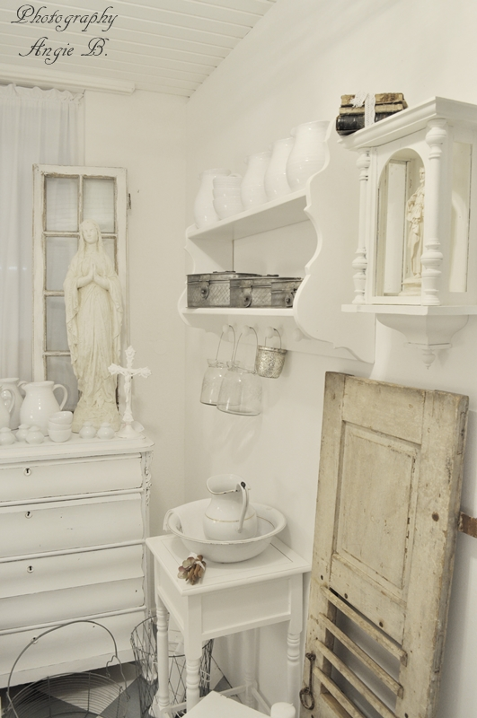 dreams come true shabby charm. Black Bedroom Furniture Sets. Home Design Ideas