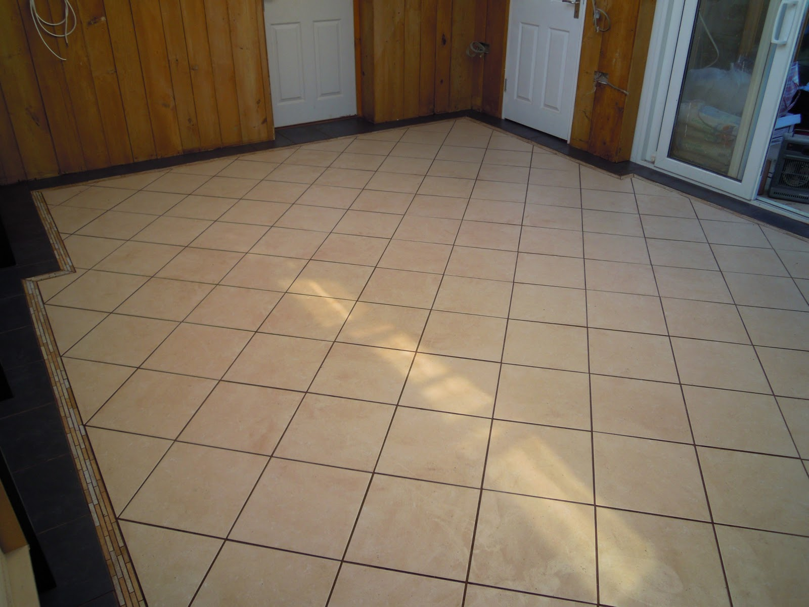 Smooth design plastering tiling home improvements royston fantastic kitchen floor i tiled in bassingbourne dailygadgetfo Image collections