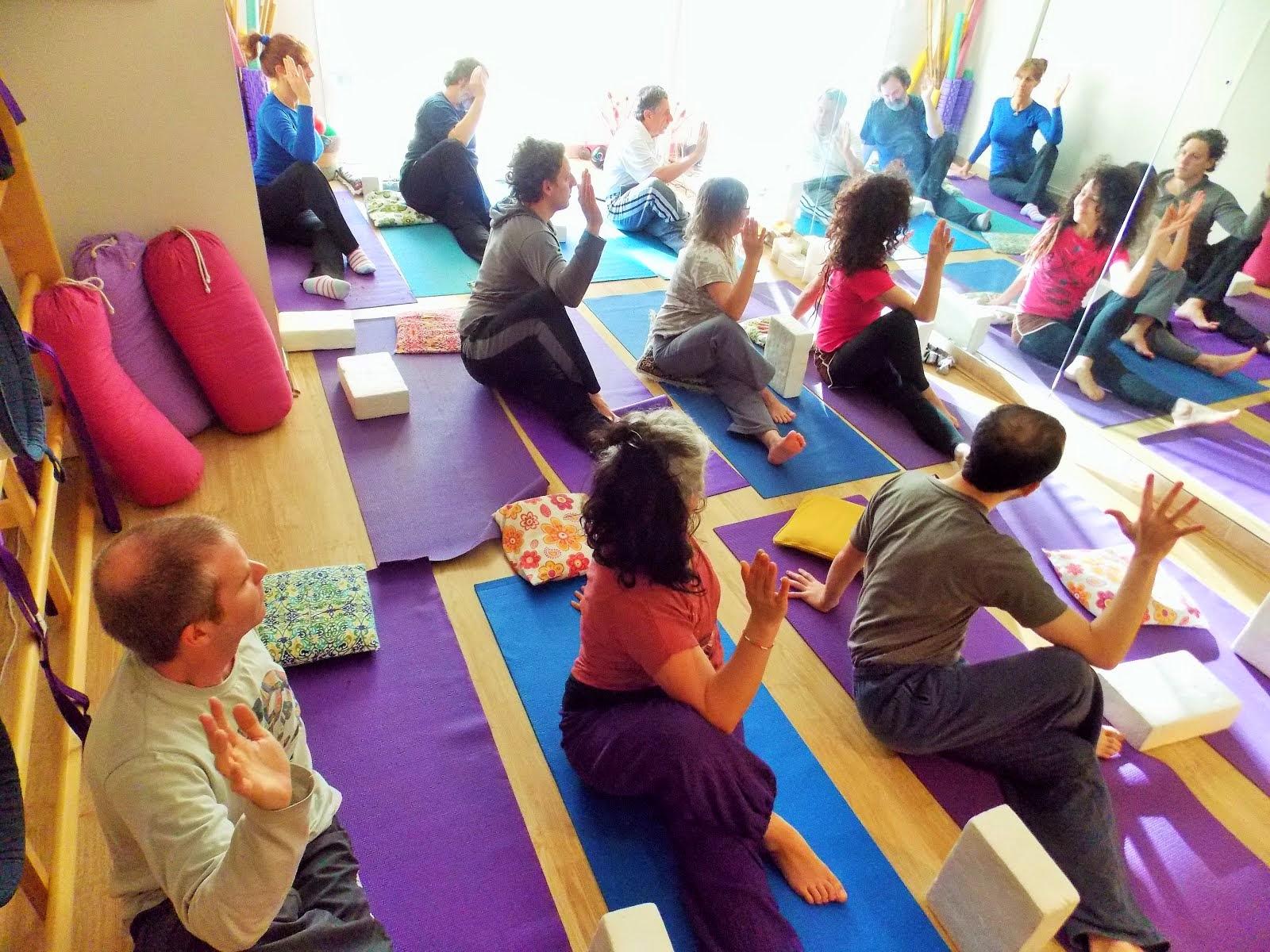 Carrera de Yoga Terapéutico y Terapeuta Oriental.Dra Alejandra Maratea. Lic. Adriana Paoletta