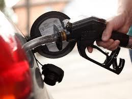 Aumento dos combustíveis serão mais frequentes para acompanhar cotações internacionais, diz Mantega