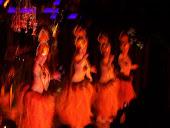 Bellas bailarinas de la isla de pascua