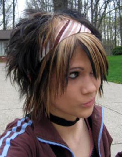 emos hairstyles. Short emo hairstyles for girls have gained popularity because of their