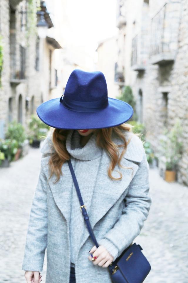 Fedora azul