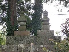 曾我兄弟の墓