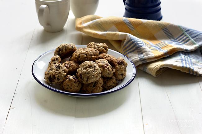 oat-rye-almond-cookies