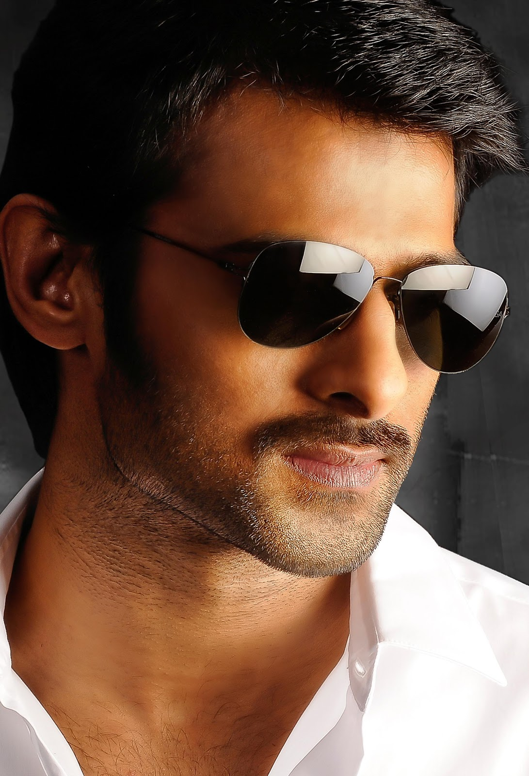 "prabhas | www.rebelfans.in: prabhas ""mirchi"" ultra hd new spicy"