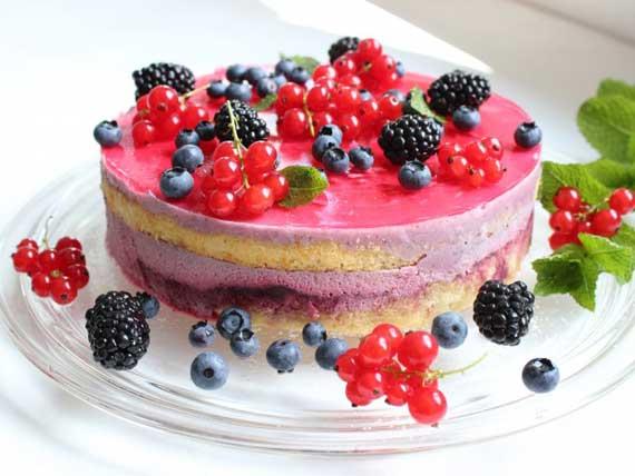 красивый пирог с фруктами
