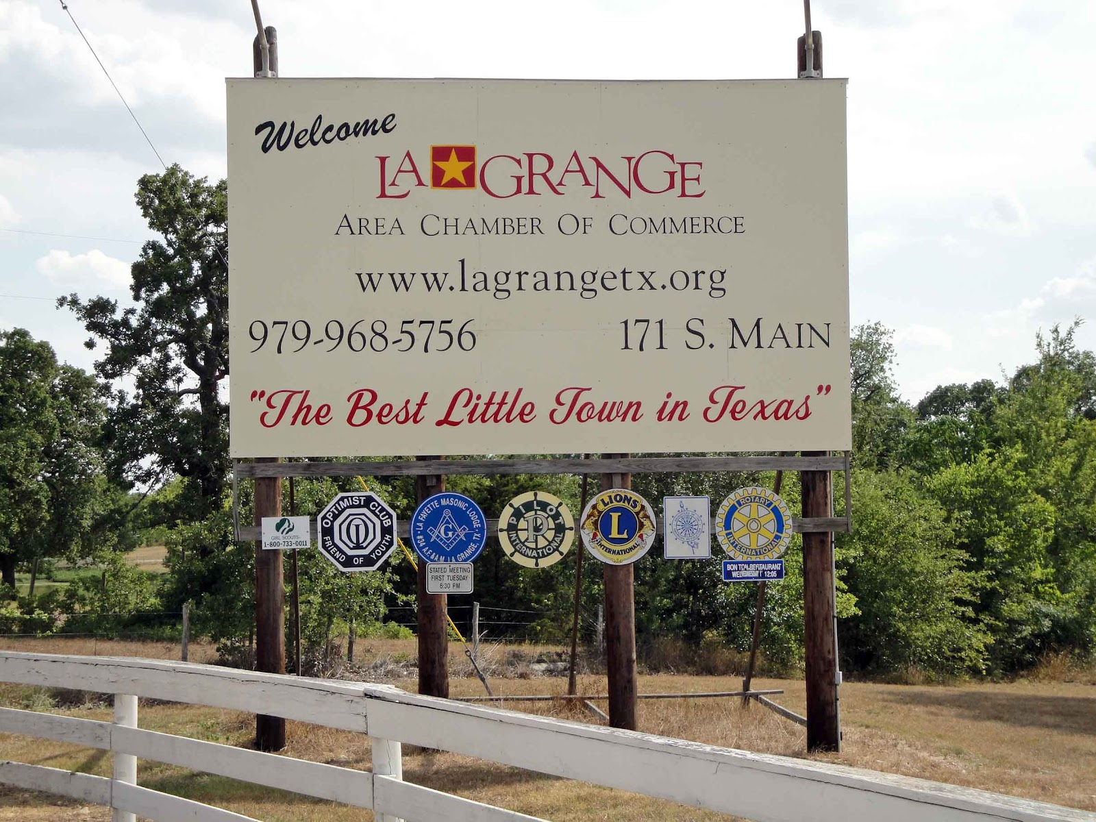 La Grange (TX) United States  city pictures gallery : The Iconic Lone Star: Welcome to La Grange, Texas, 2009.