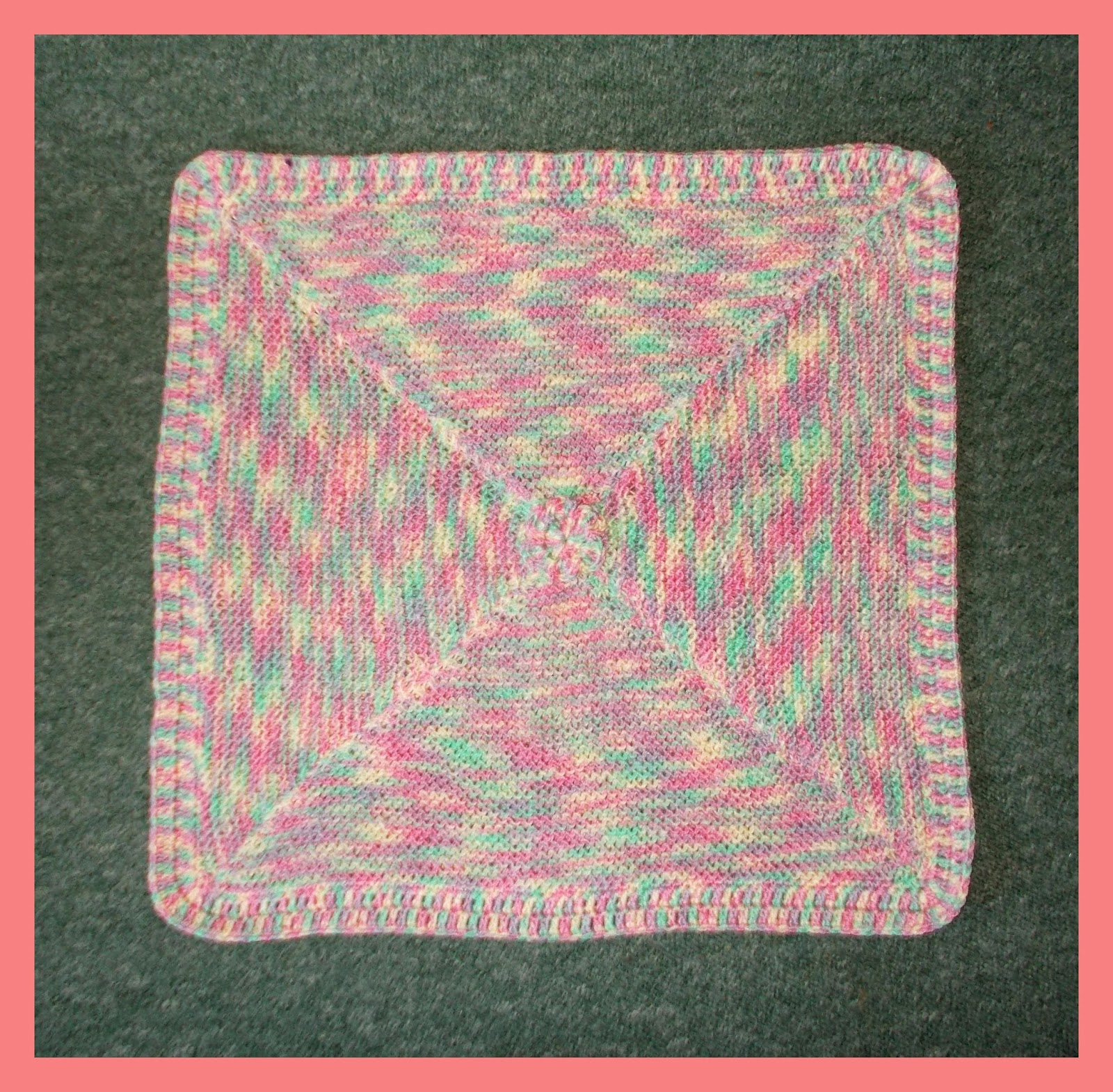 Mariannas lazy daisy days simple garter stitch baby blanket bankloansurffo Image collections