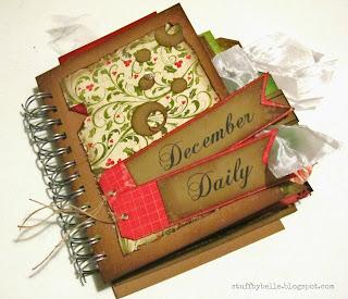 http://stuffbybelle.blogspot.com/2013/01/december-daily.html