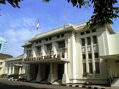 Gedung Merdeka di jalan Asia-Afrika, Bandung