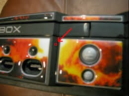 how to open a stuck jammed disc tray in original xbox how to fix rh moneyexpertsteam blogspot com Ejecting Xbox 360 Tray Xbox One Manually Eject Hole