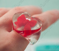 http://en.dawanda.com/product/71648847-heart-ring-size-17-big-silicone-moulds-mk172-8