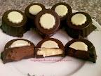 Kókuszos kávés mogyorókrémes bon-bon, sütés nélküli, tejtermék mentes csokoládé recept.