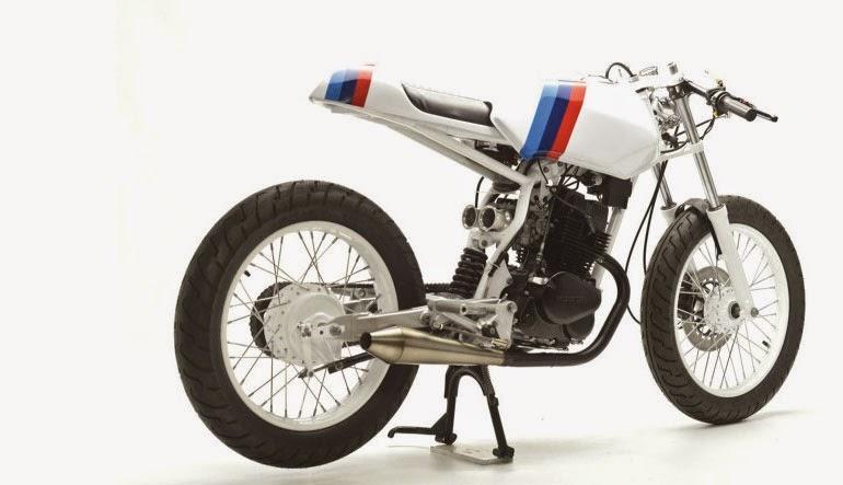 http://motorcyclesky.blogspot.com/uploads/2014/08/Bike-Of-The-Week-1990-Honda-CB125-TT-01.jpg