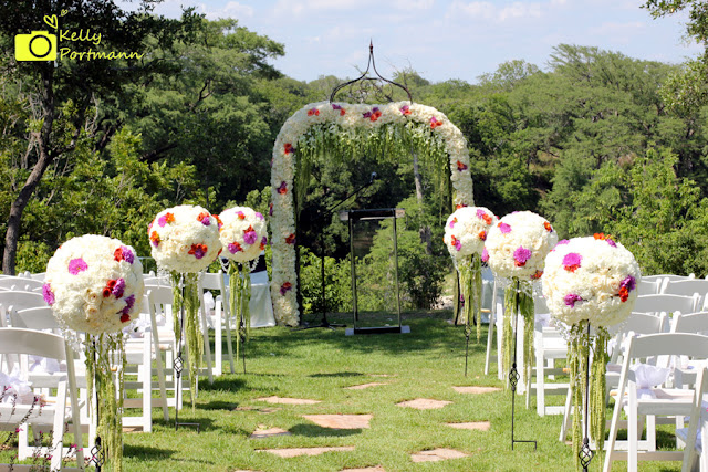 San Antonio Wedding Photographer, Outdoor Wedding, Pomanders
