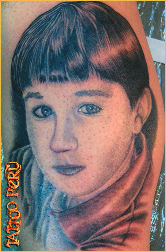 ¿En que parte del Cuerpo se puede Tatuar?. 01_tatuaje_de_un_joven
